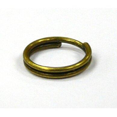 md0030 apie 10 mm, žalvario spalva, dvigubas žiedelis, apie 28 vnt.
