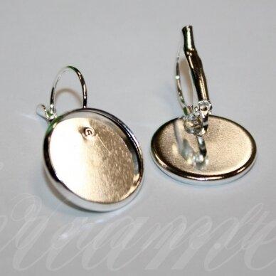 md1612.5 apie 28 x 18 mm, sidabrinė spalva, auskaro detalė, tinka 16 mm disko formos kabošonui, 2 vnt.