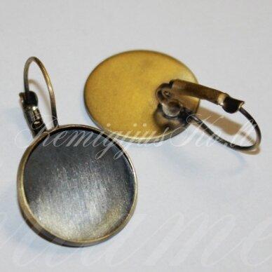 md1920.5 apie 24 x 14 mm, žalvario spalva, auskaro detalė, tinka 12 mm disko formos kabošonui, 2 vnt.