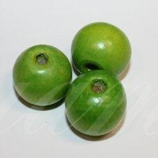 medk304 apie 17-19 mm, apvali forma, šviesi, žalia spalva, medinis karoliukas, 9 vnt.