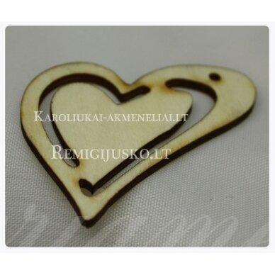 med0014 apie 44 x 3 mm, širdutės forma, 1 vnt.
