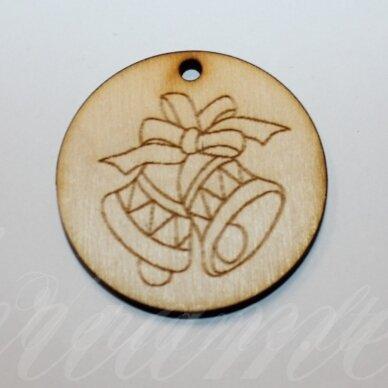 med0057 apie 50 x 4 mm, apvali forma, varpeliai, medinis pakabukas, 1 vnt.