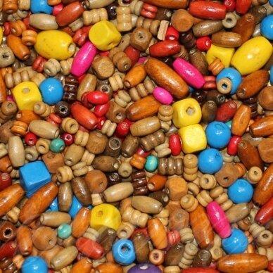 medk-mix, įvairių dydžių, įvairių spalvų, miksas, medinis karoliukas, apie 500 g.