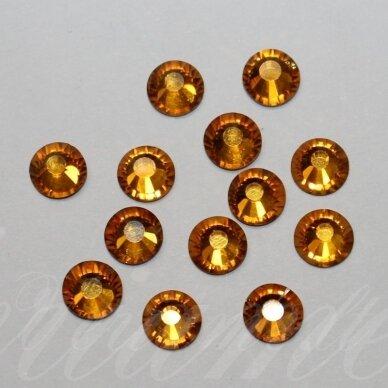 MKLSW0203 SS10 apie 2.70 - 2.90 mm, Silk (391), klijuojama akutė, apie 150 vnt.