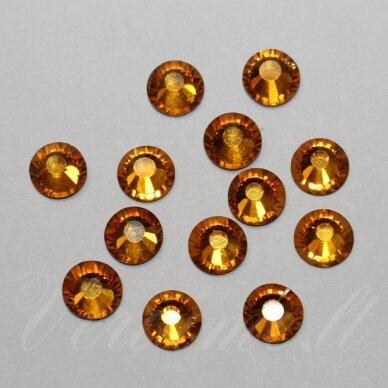 MKLSW0203 SS12 apie 3.00 - 3.20 mm, Silk (391), klijuojama akutė, apie 105 vnt.