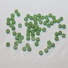 pccb00040-06/0 3.7 - 4.3 mm, apvali forma, žalia spalva, apie 50 g.