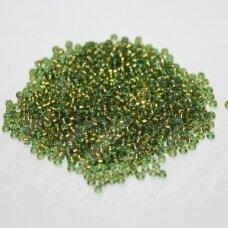 PCCB00146-10/0 2.2 - 2.4 mm, apvali forma, žalia spalva, viduriukas su folija, apie 50 g.