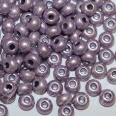 PCCB00234-06/0 3.7 - 4.3 mm, apvali forma, violetinė spalva, apie 50 g.