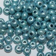 PCCB00243-06/0 3.7 - 4.3 mm, apvali forma, mėlyna spalva, apie 50 g.