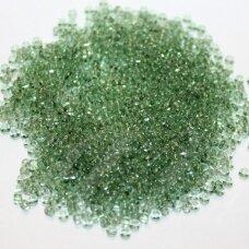 pccb01163-11/0 2.0 - 2.2 mm, apvali forma, skaidrus, žalia spalva, apie 50 g.