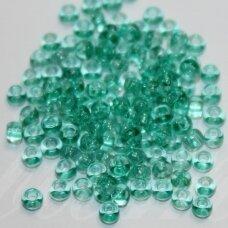 pccb01164-10/0 2.2 - 2.4 mm, apvali forma, skaidrus, melsvai žalia spalva, apie 50 g.
