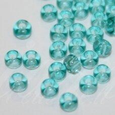 pccb01165-10/0 2.2 - 2.4 mm, apvali forma, žydra spalva, apie 50 g.