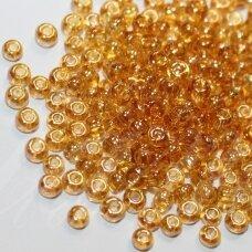 pccb16050-07/0 3.2 - 3.7 mm, apvali forma, blizgi danga, šviesi, gintaro spalva, apie 50 g.