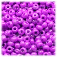 pccb16125-07/0 3.2 - 3.7 mm, apvali forma, violetinė spalva, apie 50 g.