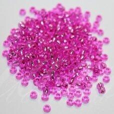 pccb18225-09/0 2.4 - 2.8 mm, apvali forma, skaidrus, rožinė spalva, viduriukas su folija, apie 50 g.