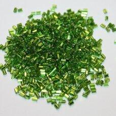 """pccb22001/57430-1"""" 2.2 x 1.4 mm, pailga forma, žalia spalva, kvadratinė skylė, viduriukas su folija, apie 50 g."""