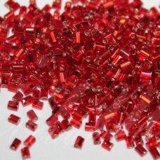 """pccb22001/97070-1"""" 2.2 x 1.4 mm, pailga forma, raudona spalva, viduriukas su folija, apie 50 g."""