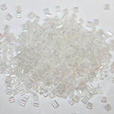 PCCB31001/38102-10/0 2.2 x 2 mm, pailga forma, balta spalva, apie 50 g.