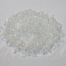 pccb31001/38302-11/0 1.7 x 1.9 mm, pailga forma, skaidrus, viduriukas balta spalva, apie 50 g.