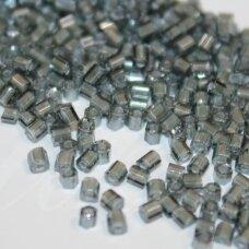 pccb31001/45017-10/0 2.2 x 2 mm, pailga forma, skaidrus, pilka spalva, viduriukas balta spalva, apie 50 g.