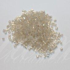 PCCB31001/47102-10/0 2.2 x 2 mm, pailga forma, balta, gelsva spalva, blizgi danga, apie 50 g.