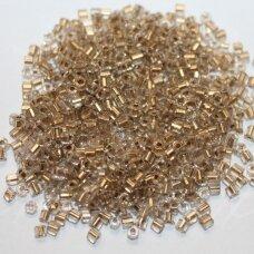 PCCB31001/68106-11/0 1.7 - 1.9 mm, pailga forma, skaidrus, viduriukas su folija, apie 50 g.