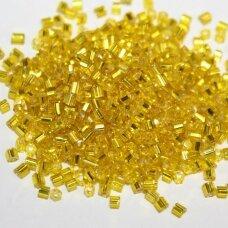 pccb31001/87010-10/0 2.2 x 2 mm, pailga forma, geltona spalva, viduriukas su folija, apie 50 g.