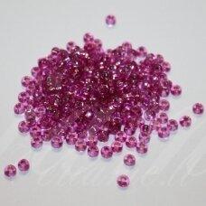 PCCB311/29001/08225-06/0 2.2 - 2.4 mm, apvali forma, skaidrus, rožinė spalva, viduriukas su folija, kvadrato forma, apie 50 g.