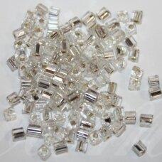pccb321/20001/78102-3.4/3.4 mm 3.4 x 3.4 mm, pailga forma, skaidrus, viduriukas su folija, apie 50 g.
