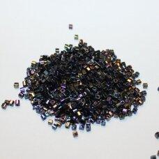 PCCB321/30001/59205-2/2 2 x 2 mm, kubo forma, marga spalva, apie 50 g.