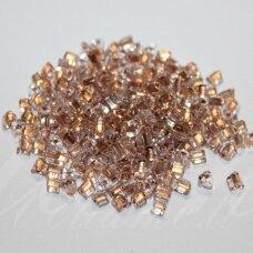 pccb321/43001/68105-3.5/3.5 3.5 x 3.5 mm, trikampio forma, skaidrus, viduriukas, šviesi, bronzinė spalva, apie 50 g.