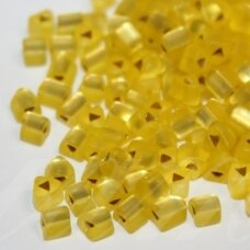 pccb43001/39001/08286-3.5/3.5 3.5 x 3.5 mm, trikampio forma, matinis, skaidrus, geltona spalva, viduriukas su folija, apie 50 g.