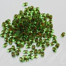 PCCB321/90001/02062-2/4 2 x 4 mm, farfalle forma, skaidrus, žalia spalva, viduriukas, oranžinė spalva, apie 50 g.