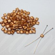 pccb321/94001/16783-5/5 apie 5 x 5 mm, šviesi, ruda spalva, apieapie 15 g.
