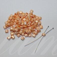 pccb321/94001/26292-5/5 apie 5 x 5 mm, marga, oranžinė spalva, apieapie 15 g.
