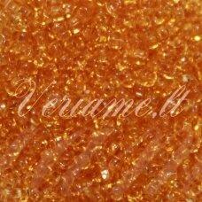 pccb331/29001/10020-12/0 1.8 - 2.0 mm, apvali forma, skaidrus, šviesi, oranžinė spalva, kvadratinė skylė, apie 50 g.