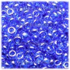 pccb331/29001/36050-09/0 2.4 - 2.8 mm, apvali forma, blizgi danga, mėlyna spalva, kvadratinė skylė, apie 50 g.