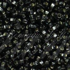 pccb331/29001/47010-11/0 2.0 - 2.2 mm, apvali forma, skaidrus, juoda spalva, kvadratinė skylė, viduriukas su folija, apie 50 g.