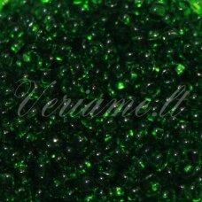 pccb331/29001/50120-08/0 2.8 - 3.2 mm, apvali forma, skaidrus, žalia spalva, kvadratinė skylė, apie 50 g.