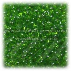 pccb331/29001/56220-08/0 2.8 - 3.2 mm, apvali forma, skaidrus, žalia spalva, kvadratinė skylė, apie 50 g.