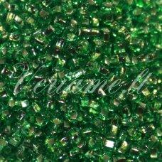 pccb331/29001/57100-11/0 2.0 - 2.2 mm, apvali forma, skaidrus, žalia spalva, kvadratinė skylė, viduriukas su folija, apie 50 g.