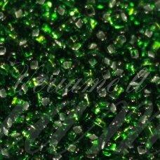 pccb331/29001/57120-11/0 2.0 - 2.2 mm, apvali forma, žalia spalva, kvadratinė skylė, viduriukas su folija, apie 50 g.