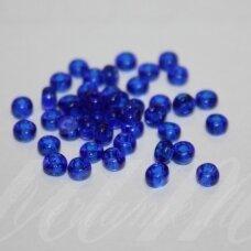 pccb29001/60300-06/0 3.7 - 4.3 mm, apvali forma, skaidrus, mėlyna spalva, kvadratinė skylė, apie 50 g.