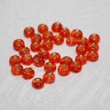 pccb331/29001/97030-11/0 2.0 - 2.2 mm, apvali forma, oranžinė spalva, kvadratinė skylė, viduriukas su folija, apie 50 g.