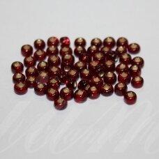 pccb331/29001/97120-06/0 3.7 - 4.3 mm, apvali forma, skaidrus, raudona spalva, kvadratinė skylė, viduriukas su folija, apie 50 g.
