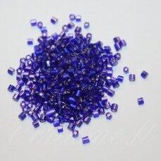 pccb351/31001/37100-10/0 2.2 x 2 mm, pailga forma, blizgi danga, tamsi, mėlyna spalva, apie 50 g.