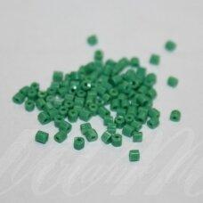 pccb351/31001/53250-10/0 2.2 x 2 mm, pailga forma, žalia spalva, apie 50 g.