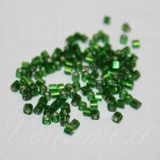 pccb351/31001/57120-10/0 2.2 x 2.0 mm, pailga forma, skaidrus, žalia spalva, viduriukas su folija, apie 50 g.