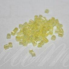 pccb351/31001/57186-10/0 2.2 x 2 mm, pailga forma, geltona spalva, blizgi danga, apie 50 g.