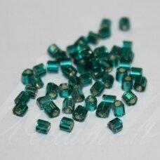pccb351/31001/57710-11/0 1.7 x 1.9 mm, pailga forma, tamsi, žalia spalva, viduriukas su folija, apie 50 g.